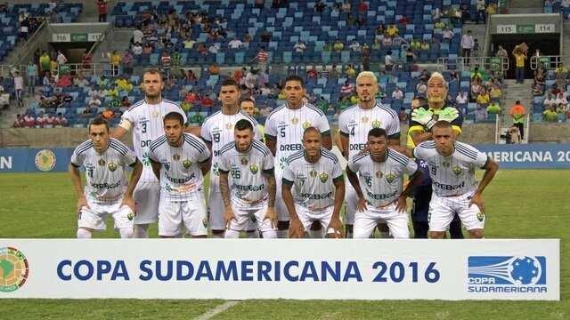 Cuiabá faz história e vence Chapecoense na estreia da Copa Sul-Americana