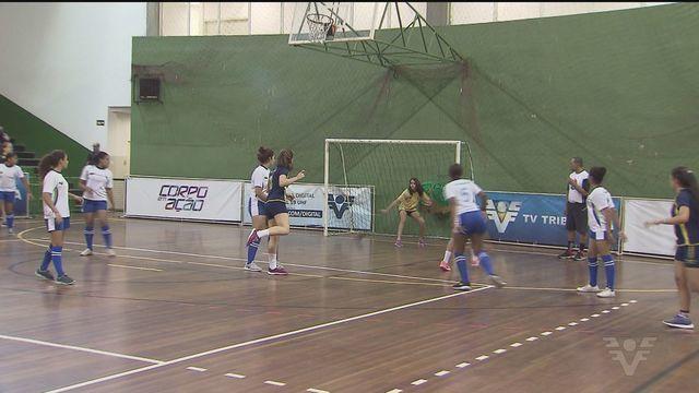 Copa TV Tribuna de Handebol Escolar continua em ritmo acelerado
