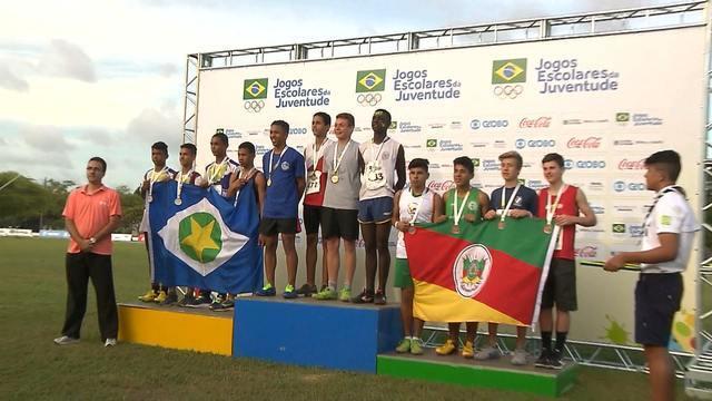 Atletismo e natação distribuem as últimas medalhas em João Pessoa