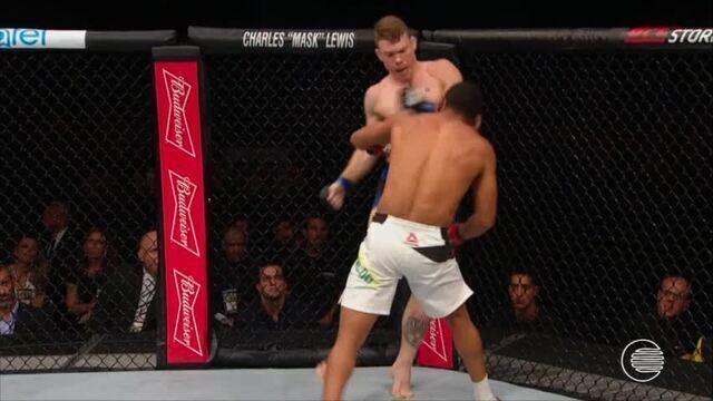 Lutador piauiense, do UFC, Massaranduba vence americano por nocaute técnico