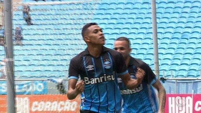 Contra a Chapecoense, Grêmio volta a vencer depois de sete jogos