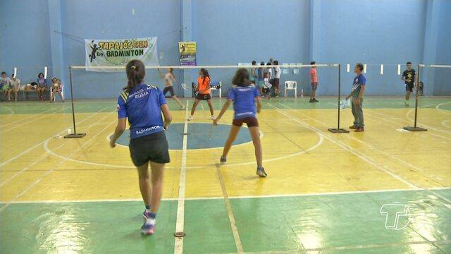 Atletas de Santarém e região se reúnem em Campeonato Regional de Badminton