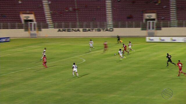 Sergipe vence o Boca por 2 a 0