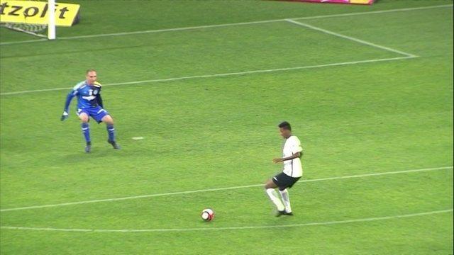 """BLOG: """"Jô, the greatest goal..."""" Veja o gol do Jô no clássico contra o Palmeiras com narração em inglês."""