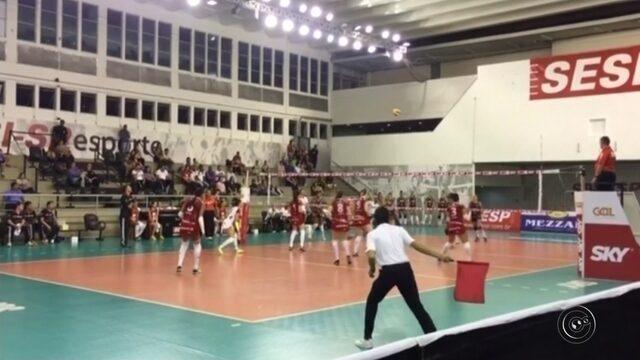 Bruna brilha, Bauru segura o Sesi-SP e vence mais uma na Superliga