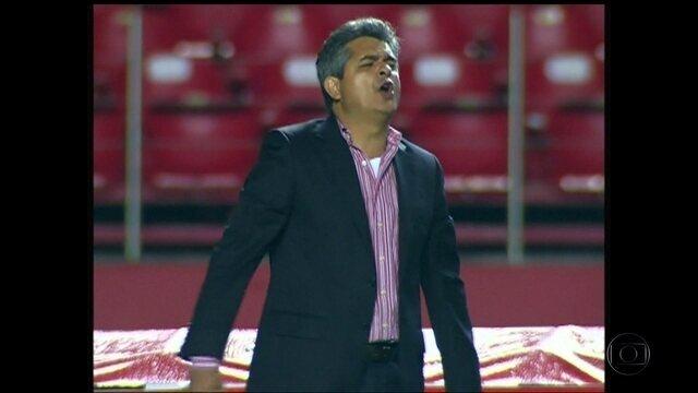 O que o torcedor do Sport achou do novo técnico do Leão?
