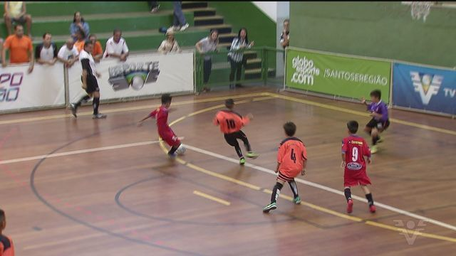 Copa TV Tribuna de Futsal escolar tem rodada nesta terça-feira