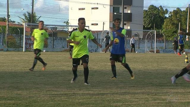 Botafogo-PB deve ter volta de Fernandinho para o confronto contra o CSP