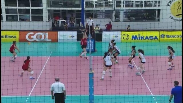 Rio e Santa Catarina disputam final do Campeonato de Seleções Sub-17 de vôlei em Uberlândi