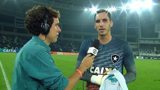 Gatito Fernández comemora boa atuação e vitória do Botafogo sobre o Bahia