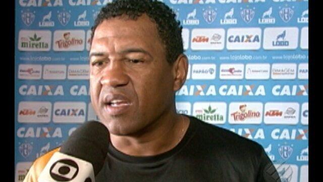 Rogerinho faz mistério quanto escalação do Paysandu