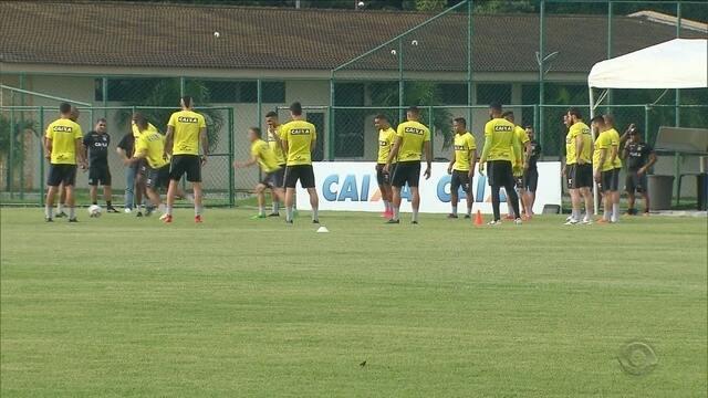 Marcelo Cabo deve promover mudanças no Figueira para enfrentar o Santa Cruz