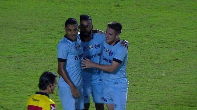 Os gols de Vitória 1 x 3 Grêmio pela 15ª rodada do Campeonato Brasileiro