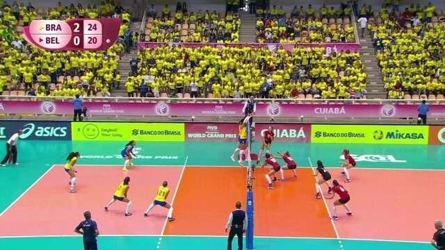 3º set: Com ponto de bloqueio, Brasil fecha o set e vence o jogo; 25 x 20