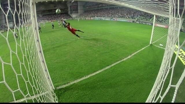 BLOG: Celebrating in style in Belo Horizonte! Confira o gol de Paulinho narrado em inglês