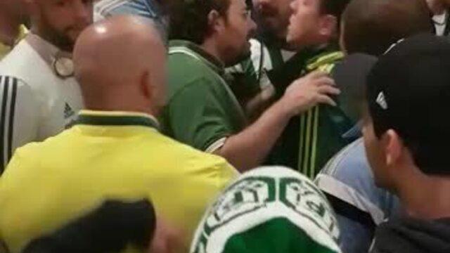 Palmeirenses cobram Alexandre Mattos em hotel de Belo Horizonte