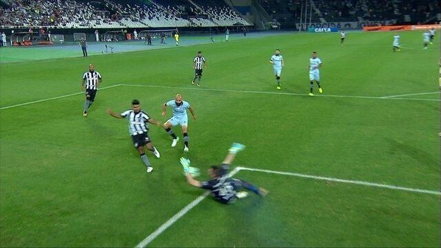 Melhores momentos de Botafogo 1 x 0 Grêmio pela 20ª rodada do Brasileirão 2017