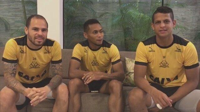 """Trio de artilheiros do Criciúma escolhe batedor de pênalti no """"Pedra, papel e tesoura"""""""