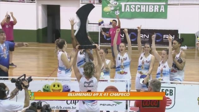 Basquete Feminino de Blumenau vence Chapecó e se sagra campeão estadual