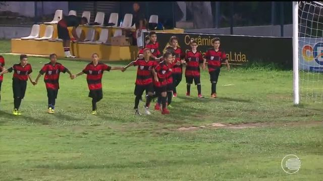 Escolinha do Flamengo Goleia escolinha do Bebeto e avança para as quartas