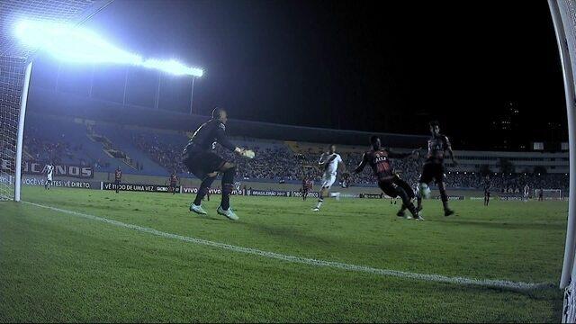 """Nenê, dupla do Atlético-GO e Edilson disputam """"garrancho"""" da rodada"""