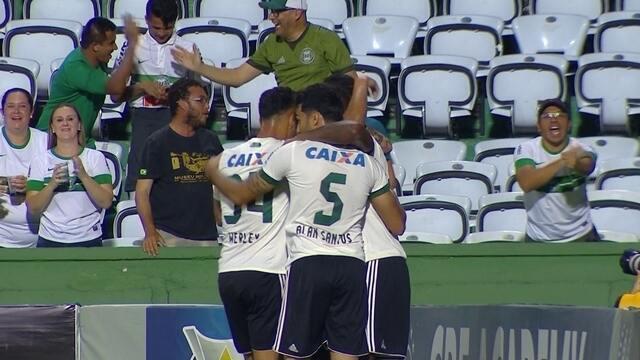 O gol de Coritiba 1 x 0 Flamengo pela 35ª rodada do Brasileirão