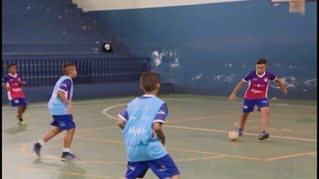 Uberlândia Futsal se destaca em todas as categorias e sub-11 disputa título Estadual