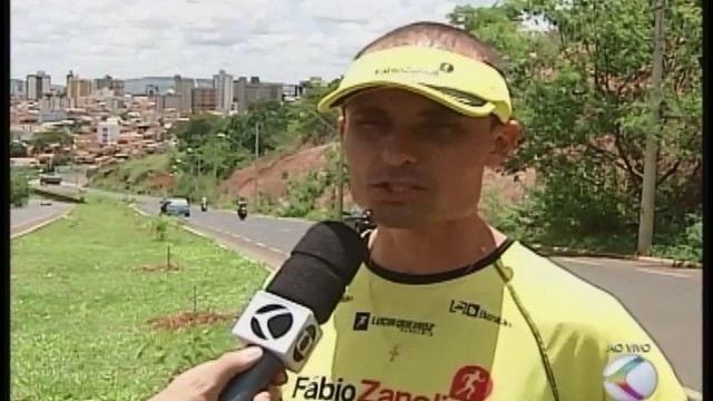 Atleta profissional dá dicas do trajeto da corrida noturna de 10km em Patos de Minas
