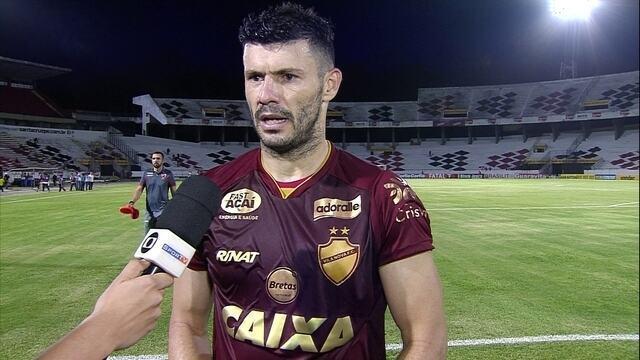 """Wesley Matos lamenta fato de Vila Nova não alcançar acesso: """"Tem um pouco de frustração"""""""
