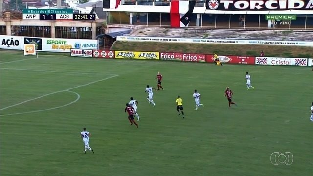 Com gol polêmico, Atlético-GO vence o Anápolis