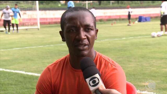 Amarildo deixa o River-PI e assina com time da Bolívia