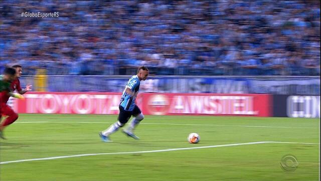 Grêmio vence a Recopa nos pênaltis em jogo acirrado