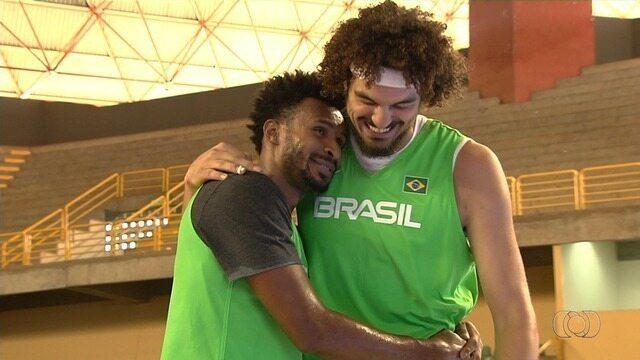 Brasil joga contra a Colômbia em Goiânia pelas Eliminatórias do Mundial de basquete