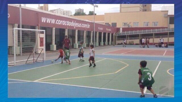 O Lucas, da reportegem, nos mandou no Whats um vídeo comemorando gol igual o Vinícius Jr