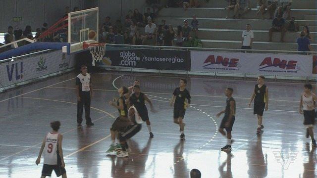 Copa TV Tribuna de Basquete Escolar define os semifinalistas