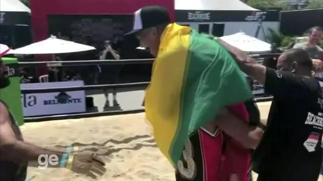 Vitória de Matheus Pinheiro na 12ª etapa do Circuito de BeachBoxing, no Rio de Janeiro
