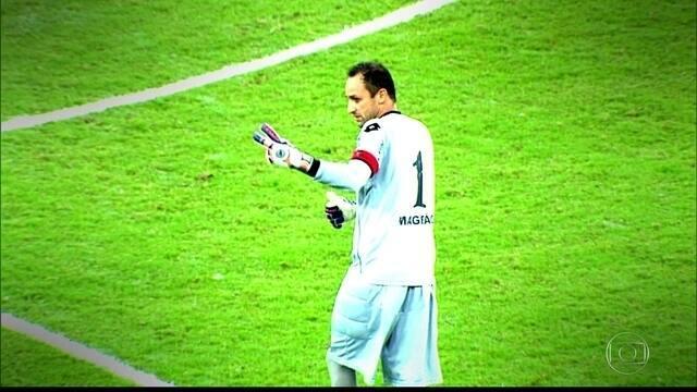 Diante do Central, Magrão chega a 700 jogos com a camisa do Sport