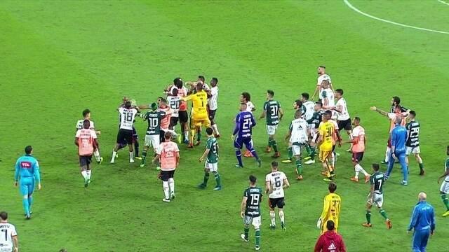 Jogo quente e cheio de confusões. comentaristas analisam Palmeiras x Flamengo