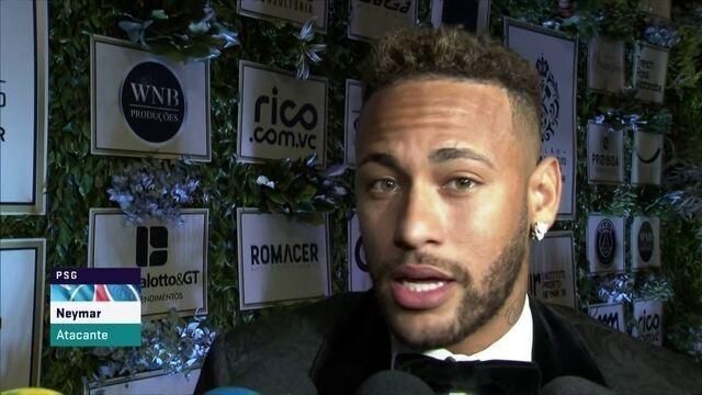 """Neymar fala pela primeira depois da Copa do Mundo: """"Meu futebol é drible"""""""