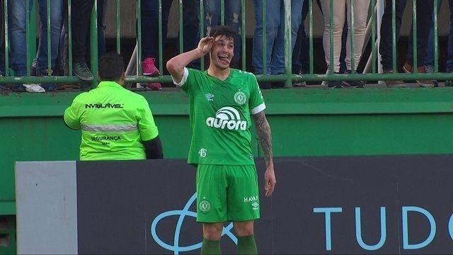 Os gols de Chapecoense 2 x 1 Corinthians pela 18ª rodada do Campeonato Brasileiro