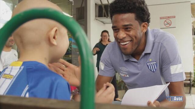 Avaí visita crianças no Hospital Infantil de Florianópolis