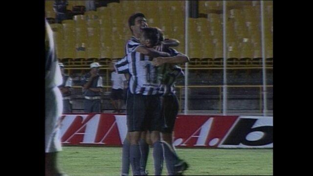 Em 1999, Botafogo vence o Criciúma por 2 x 0 na Copa do Brasil