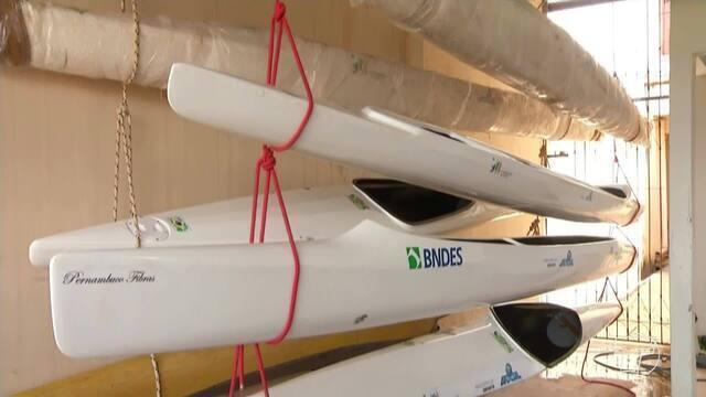 Primeiros caiaques doados para o Programa 'Canoagem Brasileira' chegam a Santarém