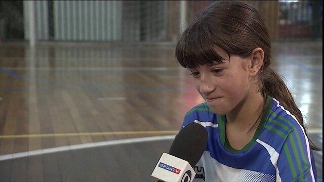 Conheça a Jugugol que quer seguir os passos de Marta como jogadora