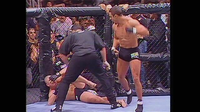 44s para a História - O primeiro UFC no Brasil