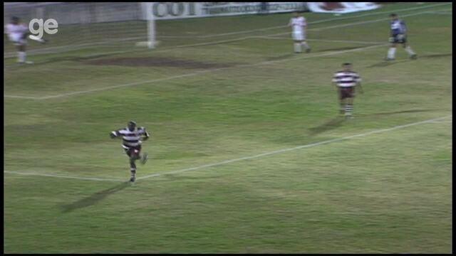 Os gols de Desportiva Ferroviária 1 x 0 Náutico, pela Série B do Brasileiro 1998