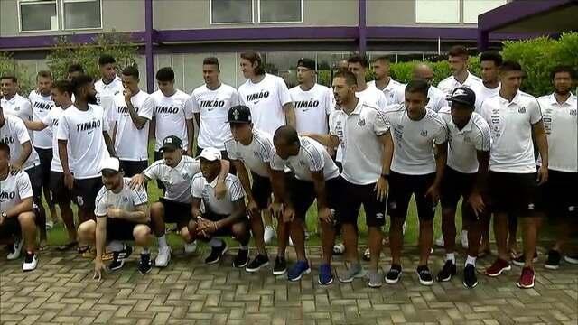 Corinthians e Santos almoçam juntos antes de amistoso pela paz nos estádios