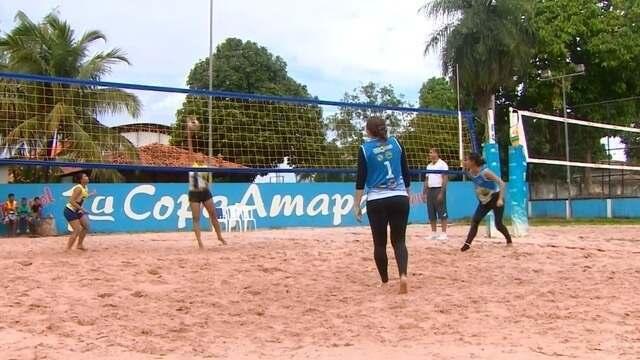 Foi disputado neste domingo a final do torneio para escolher o Rei e Rainha da praia 2018