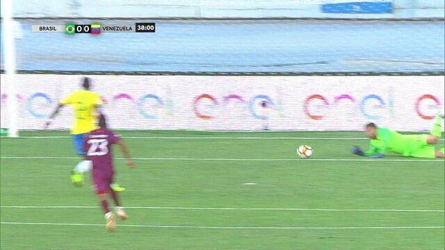 Bonilla faz grande jogada e Phelipe salva o Brasil aos 37 do 1º tempo