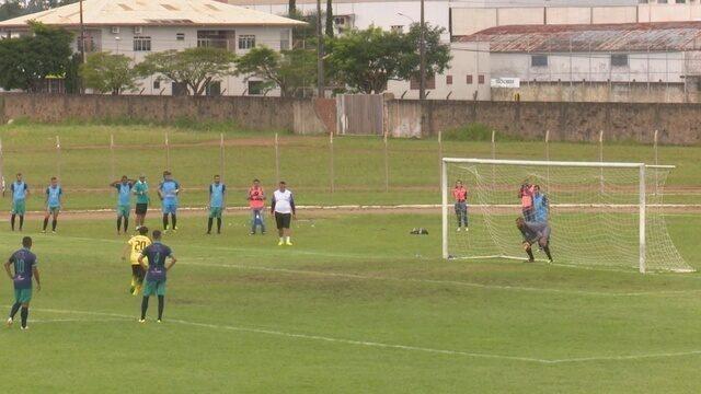 Gol de Edilsinho do Vilhenense no duelo contra a União Cacoalense